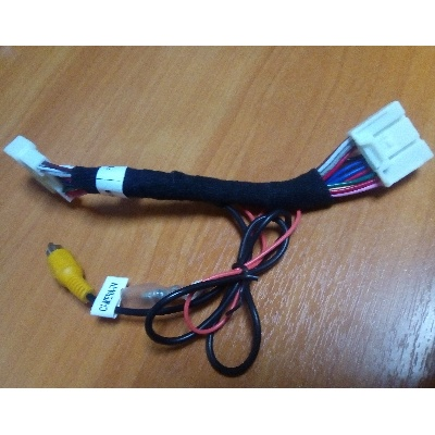 Переходник для подключения камеры к штатным магнитолам Toyota 16 Pin